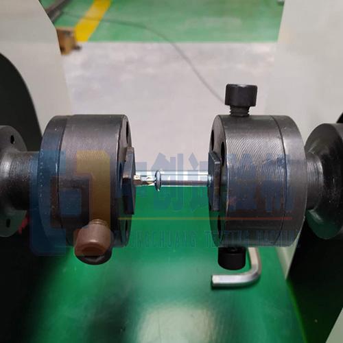 螺栓扭矩试验机